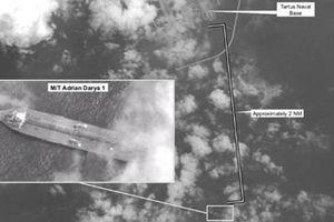 Siêu tàu dầu Iran bất ngờ xuất hiện ngay sát quân cảng Nga ở Syria