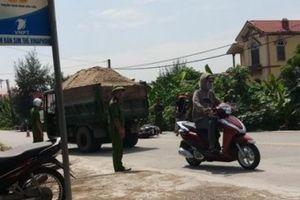 Nam Định: Xe tự chế lộng hành trên quốc lộ 21
