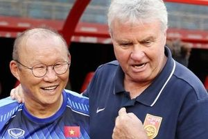 Sau cuộc hội ngộ đầy xúc động, HLV Guus Hiddink khẳng định niềm tự hào về Park Hang-seo
