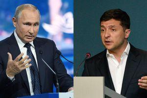 Sau cuộc trao đổi tù nhân lịch sử, Tổng thống Nga - Ukraine điện đàm