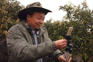 Chỉ nhờ một chiếc iPhone 6 và Internet, 'ông chú' nông dân Trung Quốc trở thành ngôi sao mạng xã hội 82.000 người theo dõi