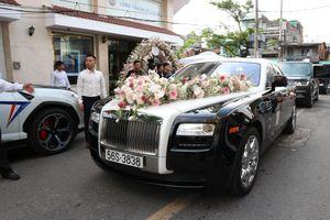 Dàn xe đưa dâu con gái Minh Nhựa vắng bóng siêu xe Pagani Huayra
