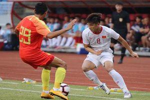 Tiến Linh lập cú đúp, HLV Park Hang-seo đánh bại thầy cũ Guus Hiddink