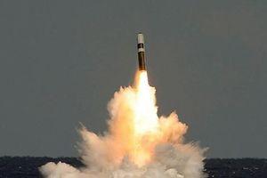 Tên lửa Trident II D5 của Mỹ phô diễn sức mạnh khủng khiếp