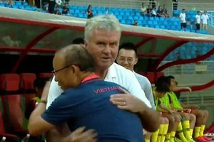 HLV Guus Hiddink: 'Trận thua U22 Việt Nam giúp chúng tôi học được nhiều điều'