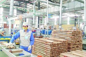 Thắng lớn tại Mỹ và EU, xuất khẩu gỗ đều đều tăng trưởng