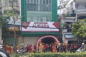 Địa ốc Alibaba khai trương 'văn phòng' mới 'giúp khách hàng giàu lên cùng bất động sản'