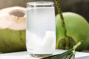 Thời điểm vàng mẹ bầu nên uống nước dừa, thai nhi sẽ hưởng trọn chất dinh dưỡng