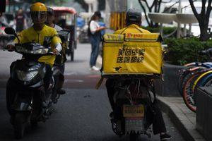 Đánh bại Alibaba của Jack Ma, tỷ phú giao đồ ăn TQ có thêm 2,4 tỷ USD