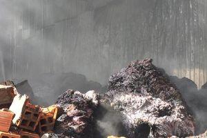 Cháy lớn tại công ty sản xuất nệm đã bị đình chỉ hoạt động