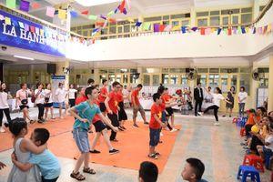 Vui Tết Trung thu cùng những học sinh đặc biệt