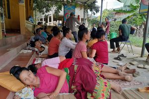 Điện Biên: Dân nhập viện hàng loạt vì 'rối loạn tiêu hóa'?