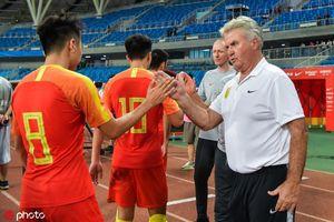 HLV Guus Hiddink tuyên bố sốc sau trận thua U22 Việt Nam