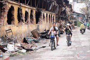 Hơn 300 học sinh nghỉ học sau vụ cháy Công ty Rạng Đông