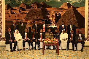 Chính phủ Sudan đầu tiên hậu chính quyền Omar al-Bashir tuyên thệ nhậm chức