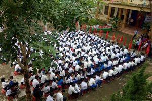 60.000 học sinh ở Quảng Trị khai giảng muộn do mưa lũ