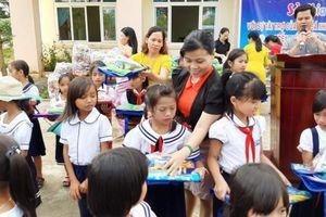 Trung thu ấm áp với các em học sinh tỉnh Kon Tum
