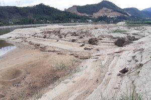 Người dân 'bằm nát' sông Cu Đê ở Đà Nẵng nuôi tôm trái phép
