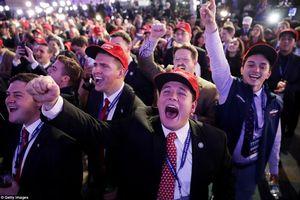 Tỷ lệ ủng hộ ông Trump giảm mạnh xuống còn 38%