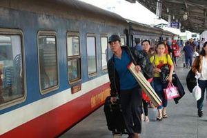 Bức xúc vì tàu hỏa liên tục chậm chuyến