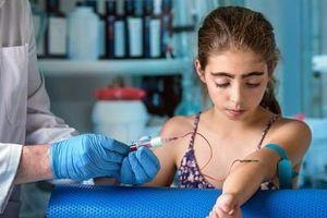 Kỳ lạ phương pháp xét nghiệm máu giúp dự báo bệnh tim sớm trước 40 năm