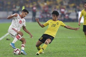 Thua ngược UAE, Malaysia đánh mất ngôi đầu vào tay Thái Lan
