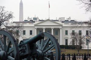 Nhà Trắng 'nội bất xuất, ngoại bất nhập' sau tiếng động khả nghi