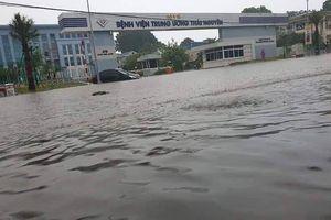 Nhiều khu vực thuộc các tỉnh miền núi phía Bắc tê liệt vì mưa lũ