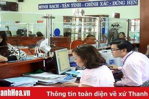 Nghiêm cấm ký hợp đồng lao động để làm chuyên môn, nghiệp vụ ở các cơ quan hành chính nhà nước