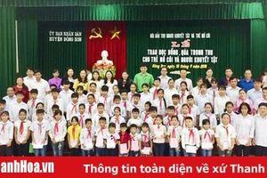 Huyện Đông Sơn: Trao học bổng và quà Trung thu cho trẻ trẻ mồ côi, trẻ khuyết tật
