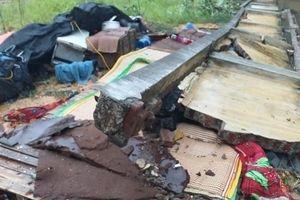 Thái Nguyên: Mưa lớn sập tường đè 3 người tử vong