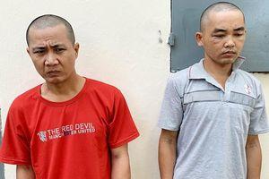 Bắt 2 nghi phạm vào tận giường, rạch mùng trộm iPhone