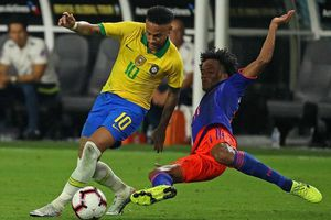 Cơ hội Neymar trở lại Barca chưa kết thúc
