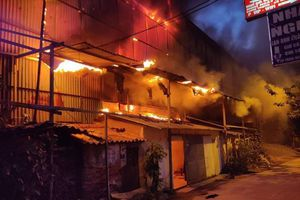 Sau vụ cháy công ty Rạng Đông, Chính phủ yêu cầu rà soát cơ sở có sử dụng hóa chất độc hại