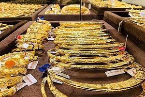 Giá vàng thế giới tiếp tục giảm phiên thứ 4 liên tiếp