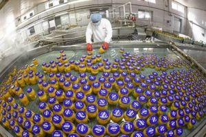 Thương chiến buộc các nhà sản xuất Trung Quốc phải giảm giá sản phẩm