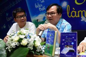 Nhà văn Nguyễn Nhật Ánh 'Làm bạn với bầu trời' nhân dịp trung thu