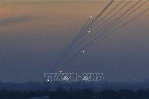 Chiến đấu cơ Israel oanh tạc các mục tiêu Hamas tại Dải Gaza