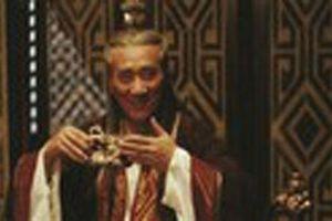 Sự thật khủng khiếp về thái giám cả gan giết chết hai vua
