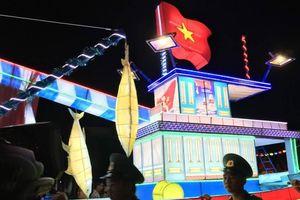 Ngắm lồng đèn khổng lồ tại Lễ hội Trung thu lớn nhất Việt Nam