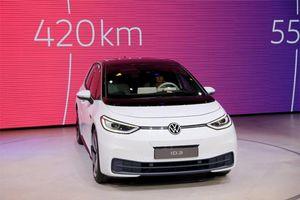 Volkswagen ra mắt ôtô điện đầu tiên