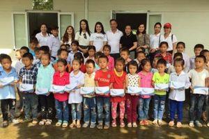 Trung thu ấm ấp đến với trẻ em huyện miền núi Quan Sơn, Thanh Hóa