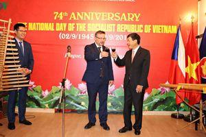 Tổ chức trọng thể kỷ niệm 74 năm Quốc khánh Việt Nam tại CH Séc