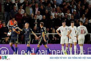 Harry Maguire và cựu hậu vệ MU bị chỉ trích vì phong độ kém cỏi ở ĐT Anh