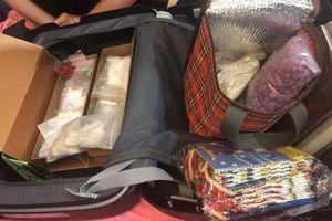 Phá đường dây ma túy xuyên quốc gia, thu 35kg ma túy, 2 khẩu súng