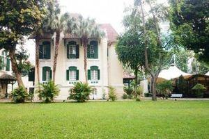 Thăm biệt thự cổ của Pháp có tuổi đời cả trăm năm tại Hà Nội