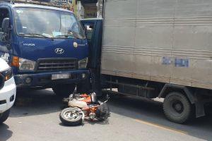 Xe tải mất thắng gây tai nạn liên hoàn ở Sài Gòn, 2 người thương vong