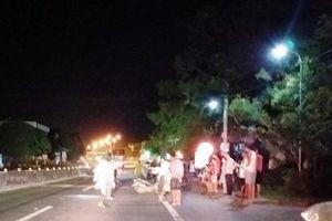 Nghệ An: Hai xe máy tông trực diện, 3 người nguy kịch
