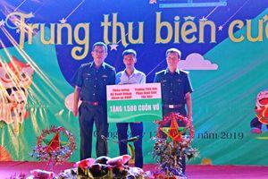 'Trung thu biên cương' đến với hơn 1.000 trẻ em nghèo miền núi Hà Giang