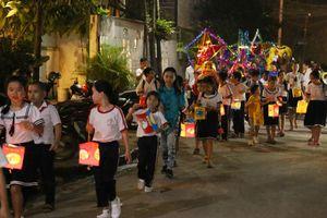 Trao 2.100 phần quà trung thu cho trẻ em Đồng Nai